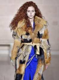 Модная шуба в Милане Louis Vuitton