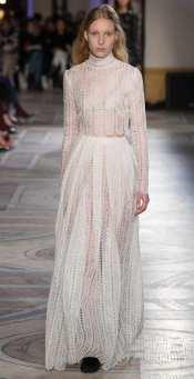 свадебное платье с длинным руковом свадебное платье Giambattista Valli 2018