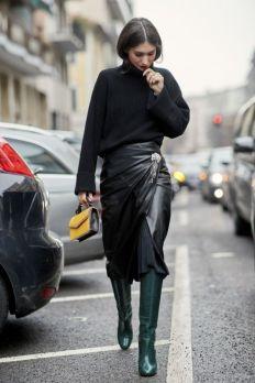 необычные способы модноносить брошь на талии