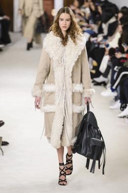 Модная дубленка Loewe зима 2018 2019