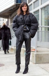 тренд - дутик - модный пуховик зима 2019 с поясом