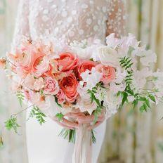 wedding color trend 2019 Pantone Living Coral