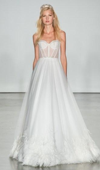 самые модные красивые свадебные платья