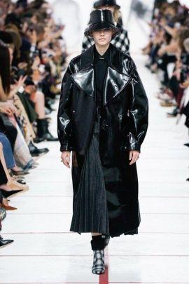 модное кожаное пальто мода 2019 осень