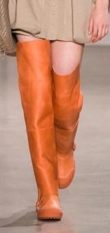 модная обувь весна осень зима 2020 яркие ботфорты