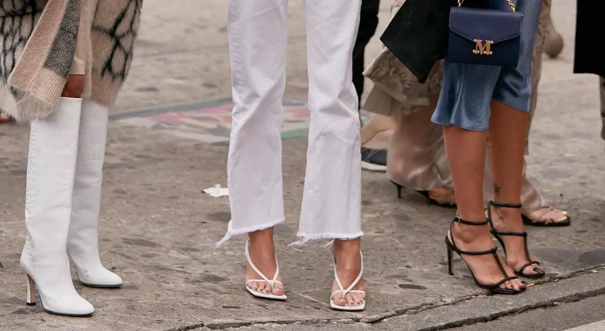 модные босоножки на тонких кожаных полосках