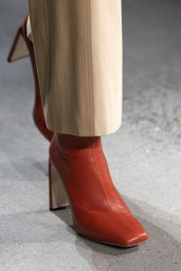 женская обувь 2020 модные тенденции квадратный нос