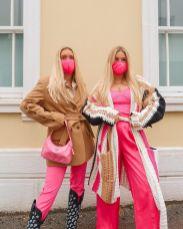 как сочетать розовый цвет в одежде 2021