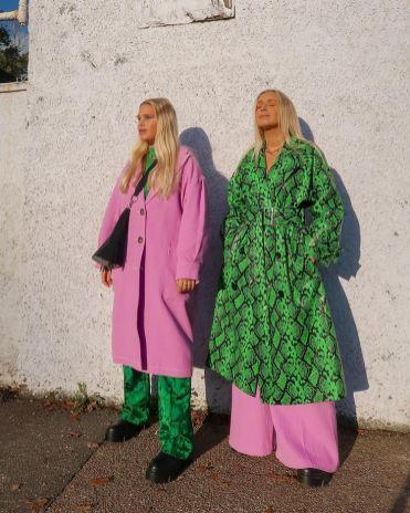с чем носить розовое пальто 2021 К