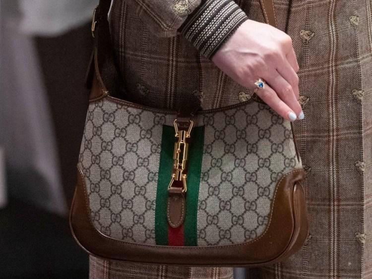 тенденции модные сумки 2020 2021 Hobo