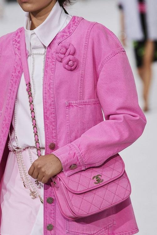 модные сумки 2021 тмодный тренд яркие цвета