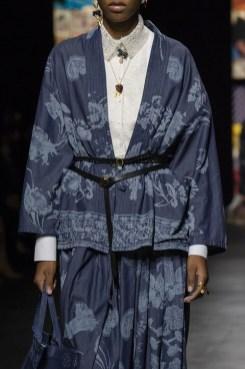модные костюмы женские 2021 тренд жакет кимоно