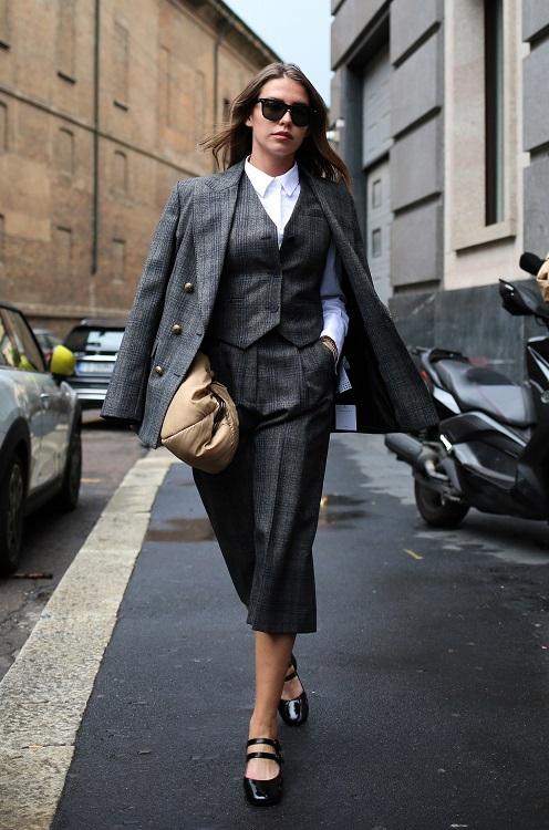 модные костюмы женские 2021 тренд костюм тройка