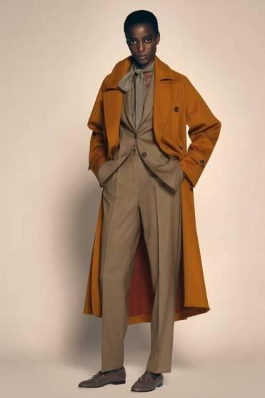 Модные пальто 2021 2022 тренд пальто терракотового цвета