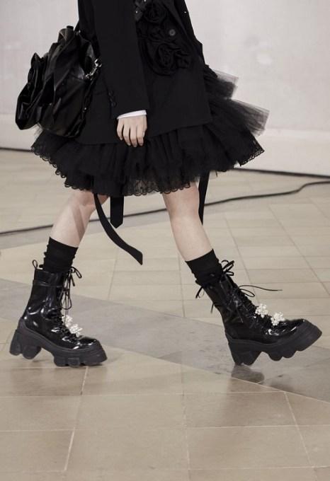 модные грубые армейские ботинки весна 2021 осень 2022