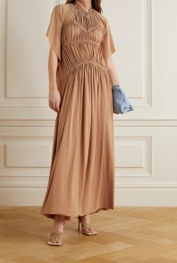 модные длинные платья 2021 модный тренд