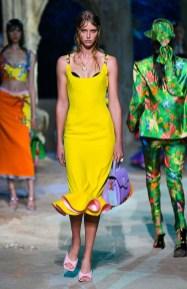 самые модные платья лето 2021 года - тренд бралетт и бра наверх