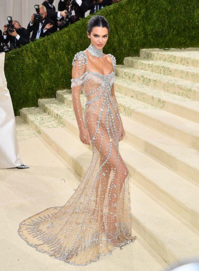 Кендалл Дженнер платье от Givenchy