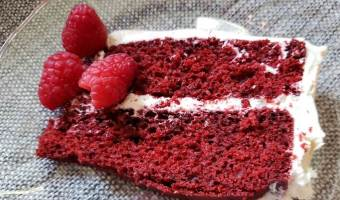 Sonia's birthday | A favorite Red Velvet cake