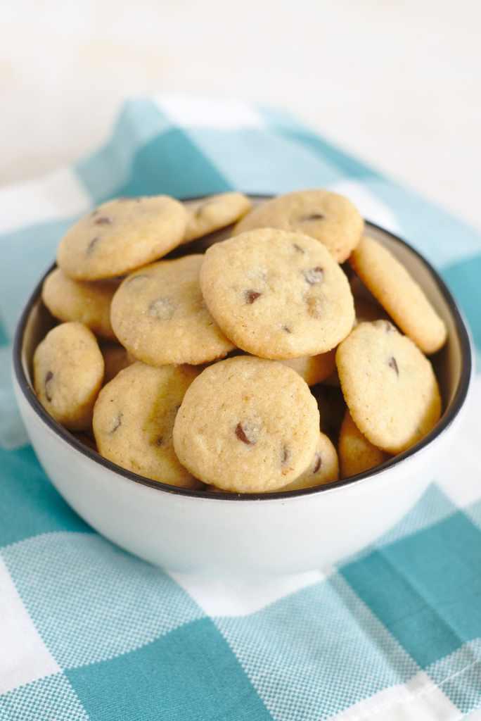 Crispy Chocolate Chip Cookies