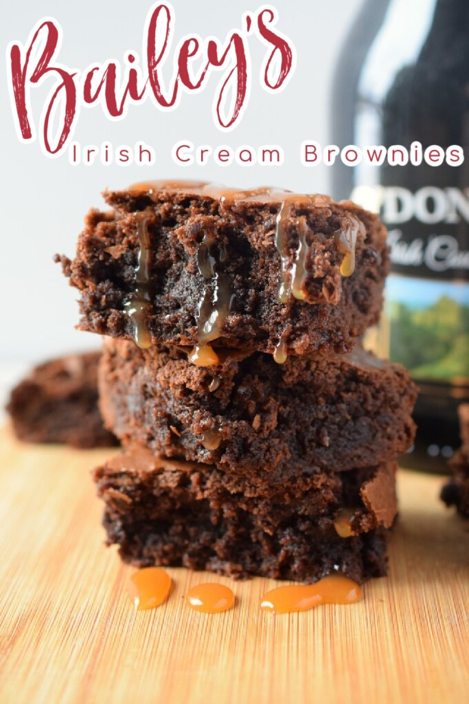 Bailey's Brownies - A delicious spin on classic boxed brownie mix made with Bailey's Irish Cream! Made with just 5 ingredients, these brownies are amazing! Bailey's Brownies | Bailey's Recipes | Brownie Recipes | Boozy Brownies | St. Patrick's Day Recipes