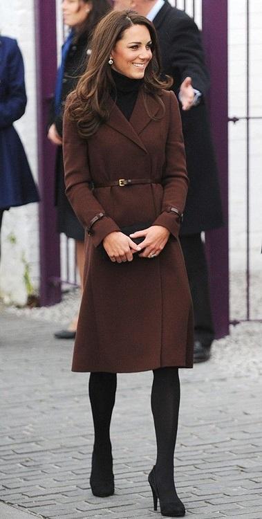 Kate middleton in brown dress