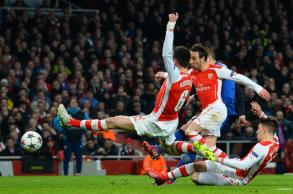 WENGER SAYS ARSENAL CAN PULL OFF DRAMATIC CHAMPIONS LEAGUE COMEBACK…ANY TAKERS?