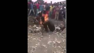 XENOPHOBIA ATTACKS IN SOUTH AFRICA 2015...NIGERIANS GOING THERE BEWARE!...SEE SHOCKING VIDEOS MOST MEDIA ARE HIDING!