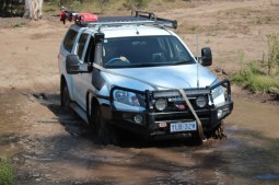Chris 4WD Driver Training Braidwood - Crossing the mud pit snatc