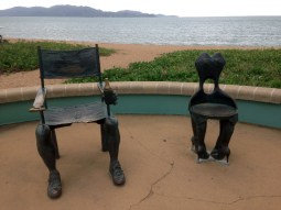 Joanne thought this was beach art, REALLY!!