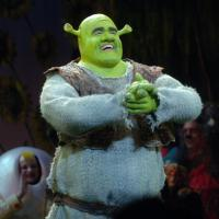 "Theatre in the Dark – ""Shrek"" Make-Up Revealed!"