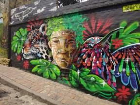 07 Street art in Bogota