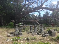 25 The La Digue cemetery