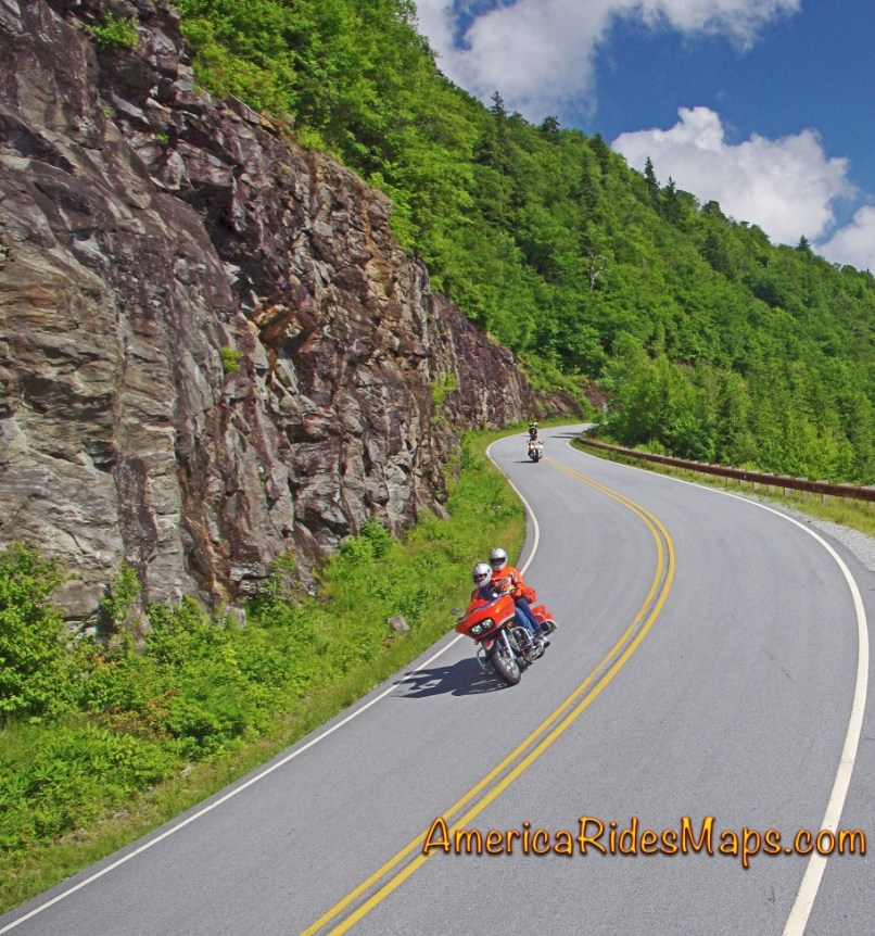 5 Best Motorcycle Rides In The Smoky