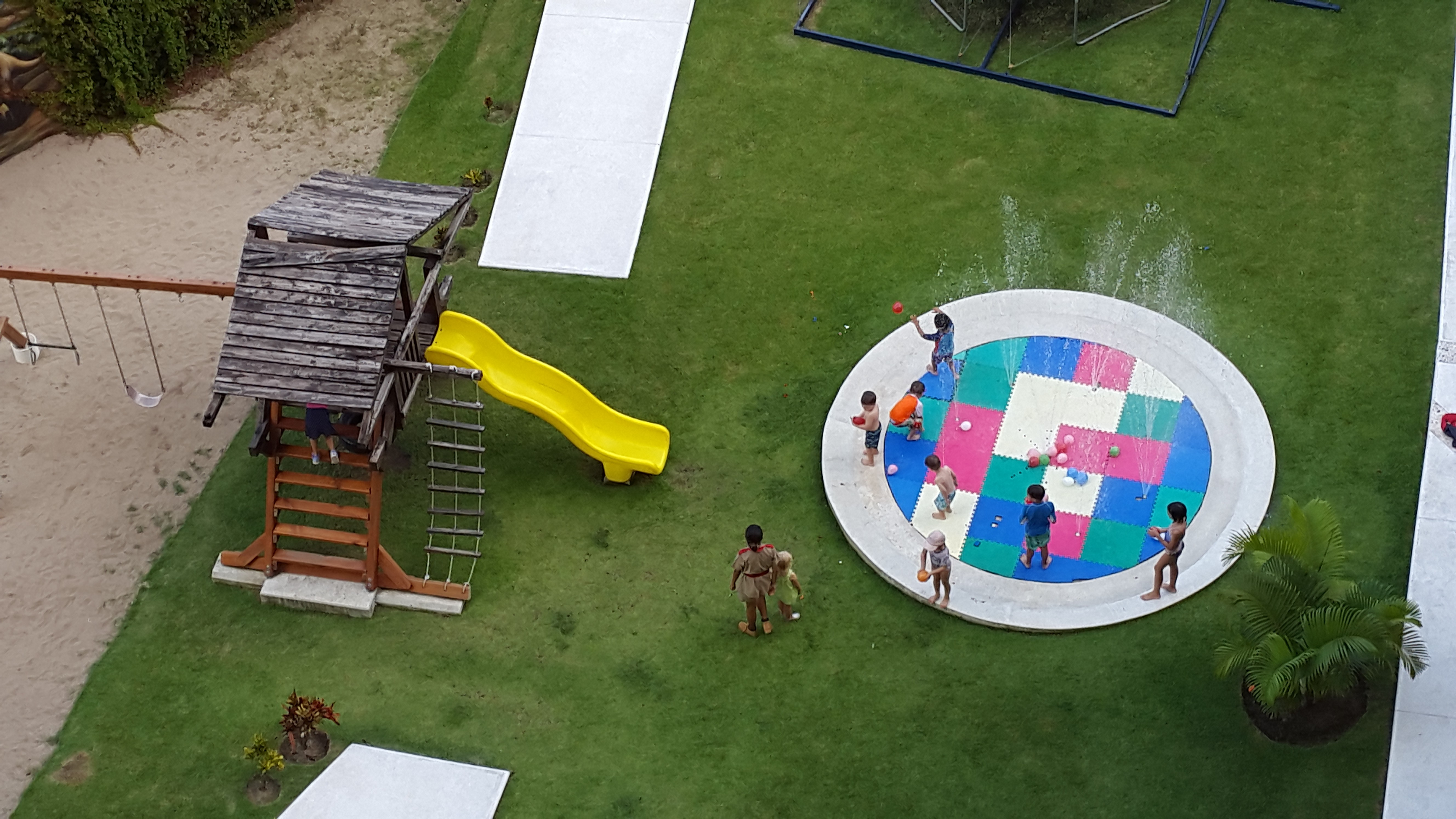 now amber review pools kids u0027 club entertainment