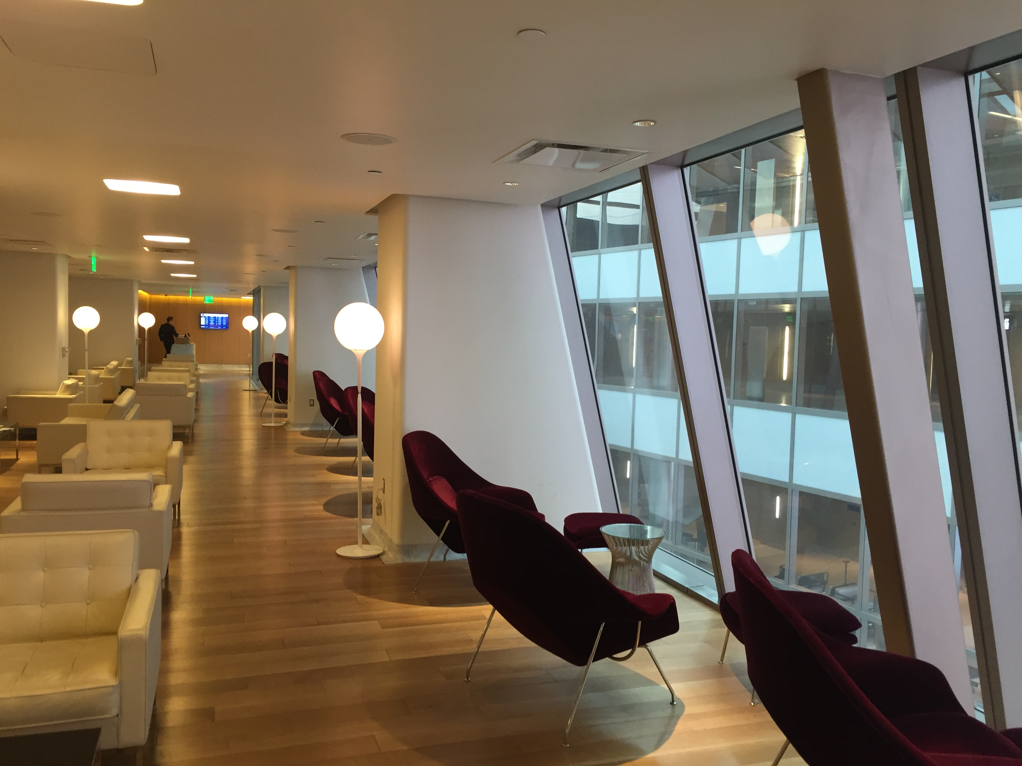 Lounge Review Qantas First Class Lounge At Lax Thomas