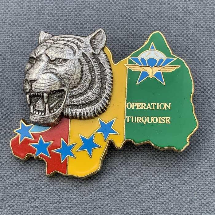 Africa RWANDA French Airborne REGIMENT RCP Parachutistes BALLARD Combs La Ville Badge