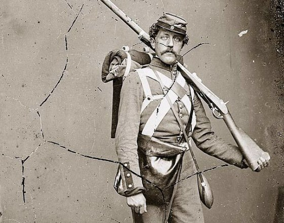 Army doctors thought heavy packs were the cause of the nervous disorders suffered by Civil War veterans. (Image source: WikiCommons)