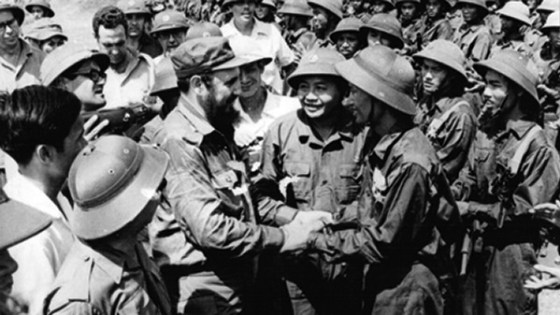 Castro visits Vietnam.
