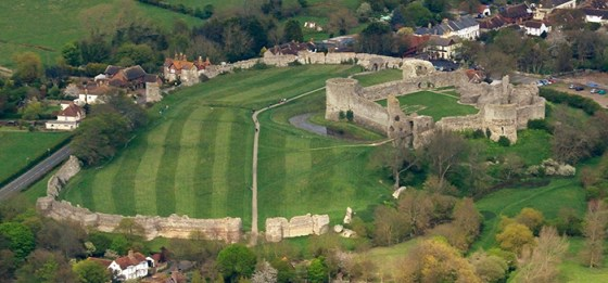 Pevensey Castle. (Image source: WikiCommons.)