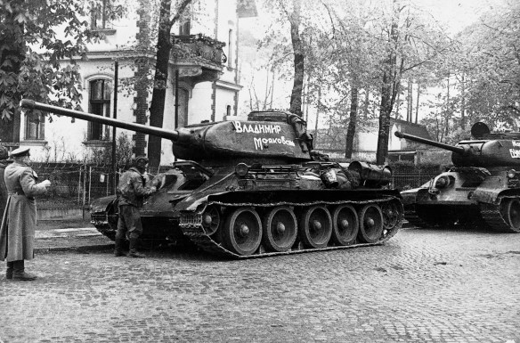"Panther predator? The Soviet T-34-85 hunted the Panzer ""Mark V"". But which was the better tank? Find out below. (Image source: GermanWarMachine.com)"