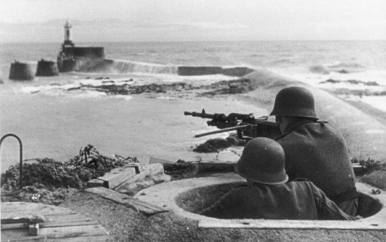 300,000 German troops manned the Atlantic Wall in the months leading up to D-Day. (Image source: German Federal Archive)