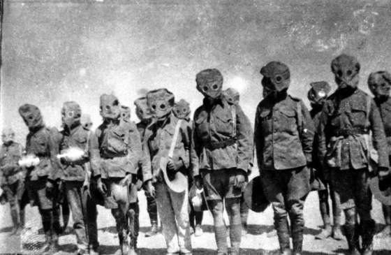 As the war progressed, gas masks became increasingly sophisticated to protect wearers from ever more harmful agents. (Image source: WikiCommons)