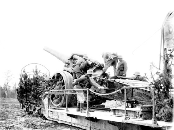 The Germans often retaliated against Allied gas attacks with punishing artillery bombardments. (Image source: Australian War Museum)