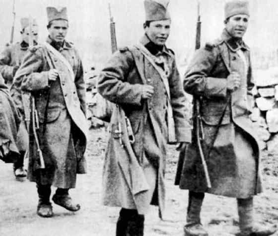 The Serbian Army was forced from its homeland in 1916. Its men were eager to liberate their homeland. (Image source: WikiCommons)