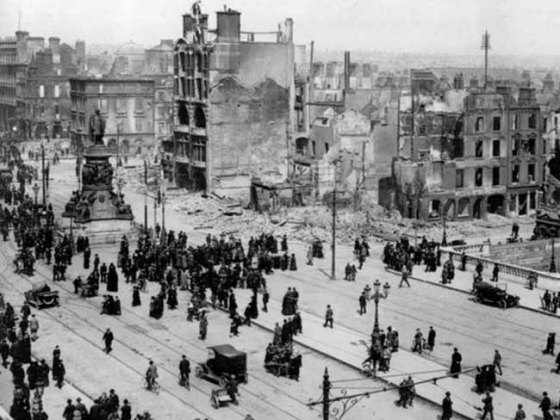 Sackville Street (now O'Connell Street) looked more like Verdun after the 1916 Easter Rising. (Image source: WikiCommons)