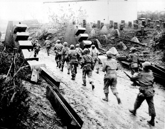 U.S. troops break through the Siegfried Line and advance into Germany. (Image source: WikiCommons)