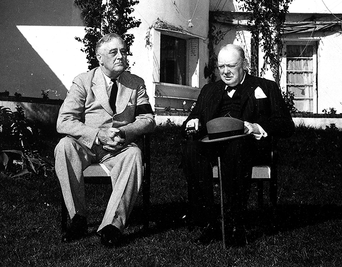 why did roosevelt and churchill meet at casablanca in january 1943