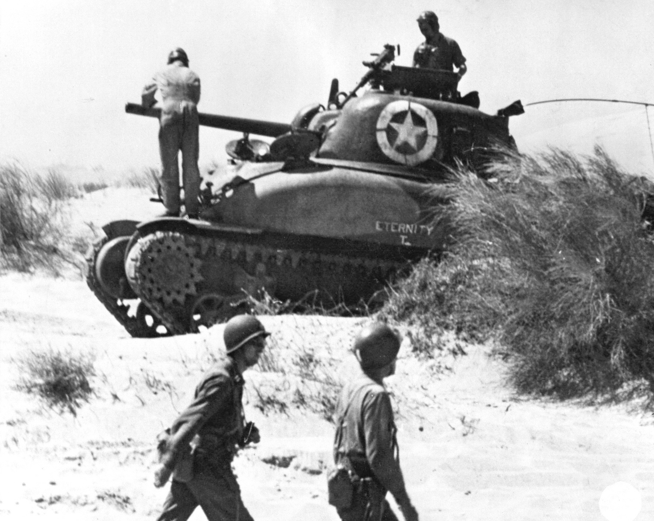 Tank Busting – Blowing Up the Myth of the Mighty M4 Sherman