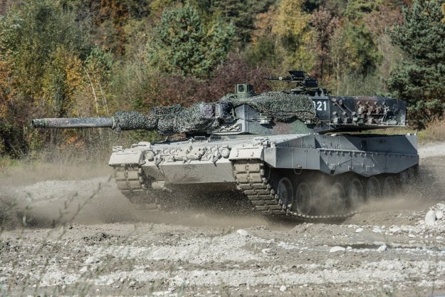 Leopard 2 Main Battle Tank Military Wallpapers